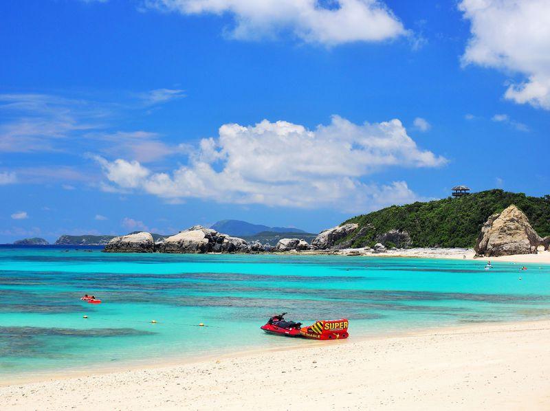 那覇から日帰りで行ける楽園「渡嘉敷島」で絶景海水浴と感動ボートシュノーケルツアー