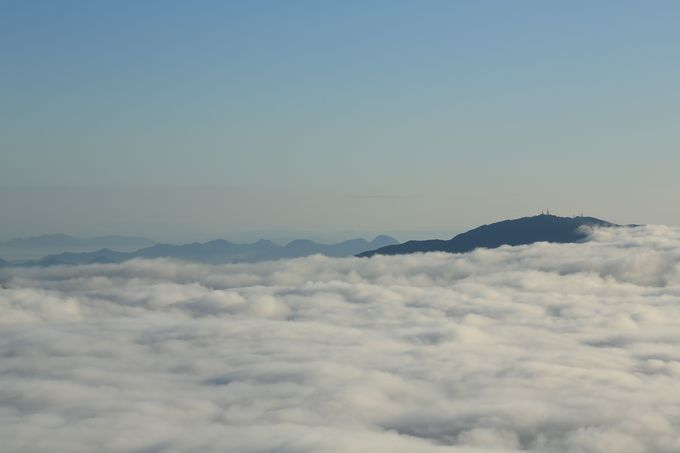 雲の上を歩く雲海は、まさに天国!