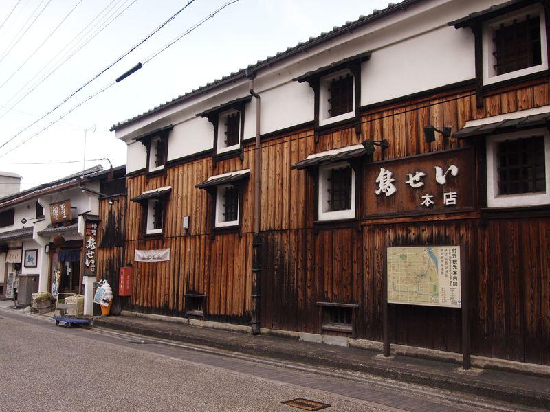 大正時代の元酒蔵でお酒&ランチ!京都・伏見「鳥せい」本店