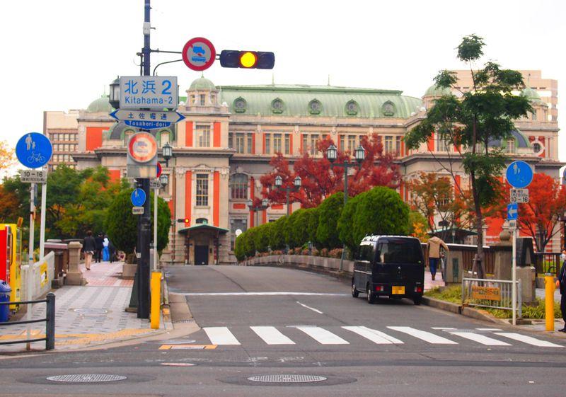 大阪「三休橋筋」てくてく歩き!地図要らずでレトロビル探訪の旅