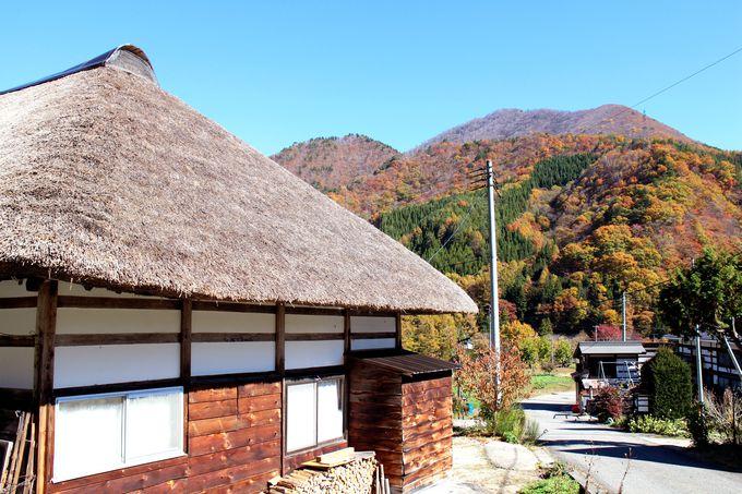 南会津の美しい山々と一体化している風景を楽しむ