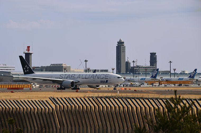 成田国際空港のすぐそば!さくらの山公園で飛行機の離発着を見学