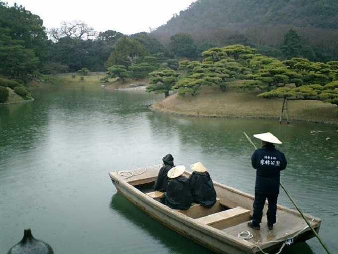 千秋丸に乗って優雅な舟遊び