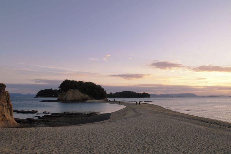 幸せの天使が舞い降りる散歩道・小豆島「エンジェルロード」
