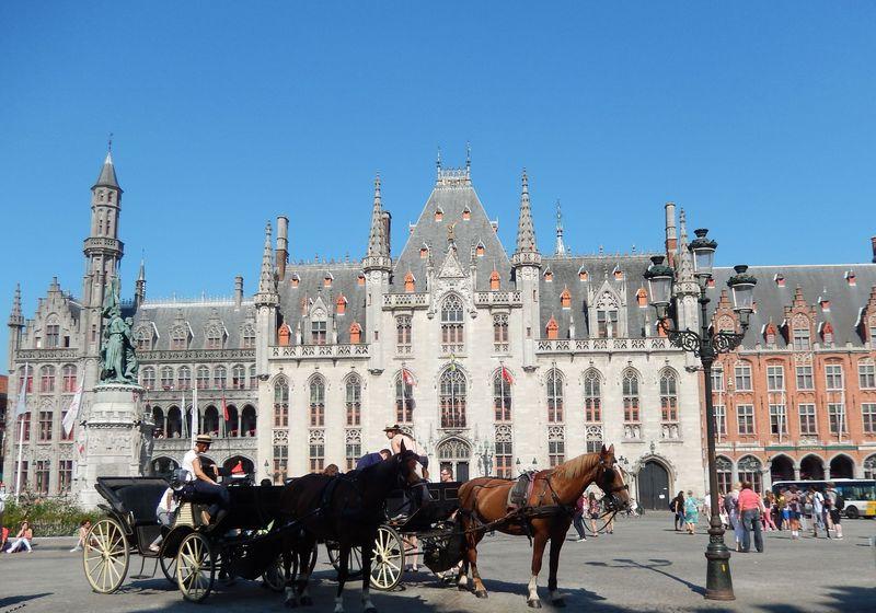 まるで絵本の世界。どこまでも美しい中世の町ベルギー・ブルージュ