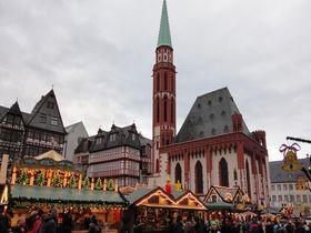 ドイツ最大級!フランクフルトのクリスマスマーケットは極上の美しさ