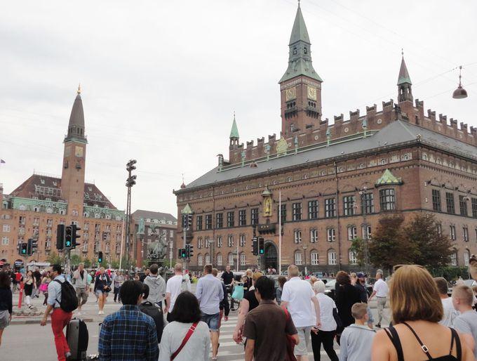 2.市庁舎前広場(コペンハーゲン)