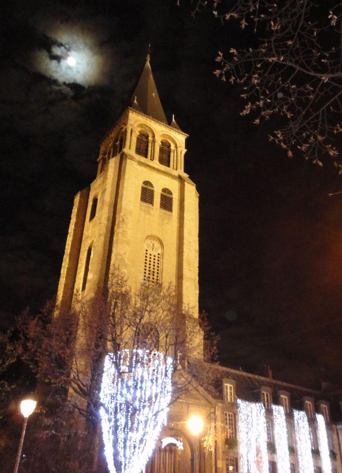 サンジェルマン・デ・プレで古き良き時代に思いを馳せる