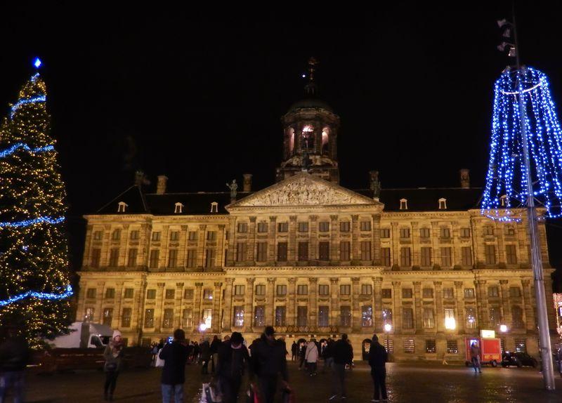 冬に輝くアムステルダム!ライトフェスティバルとロマンティックな夜の街歩きスポット