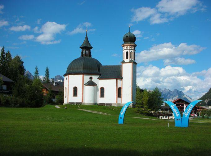 ゼーフェルトの可愛らしい象徴、ゼーキルヒル教会は必見!