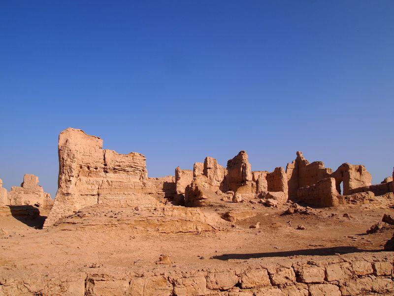 世界で最も素晴らしい廃墟?シルクロード「交河故城」で見る兵どもが夢の跡