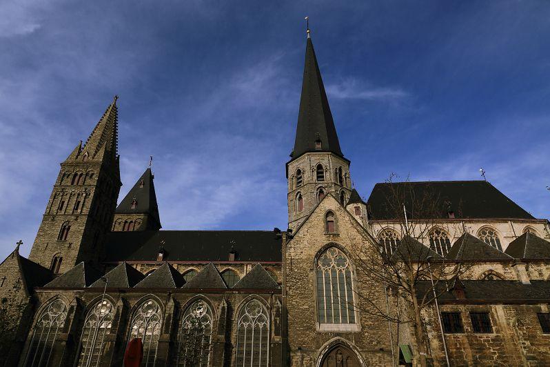 ヨーロッパ中世の歴史に浸る!ベルギーの古都ゲントの四大教会巡り