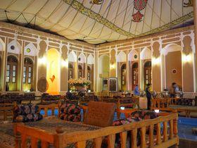 イラン・築200年の歴史的ホテル「MEHR」シルクロードの隊商宿の雰囲気に浸ろう!