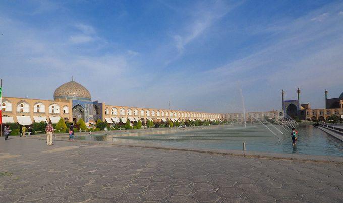イマーム広場はペルシア建築の完成形だ!