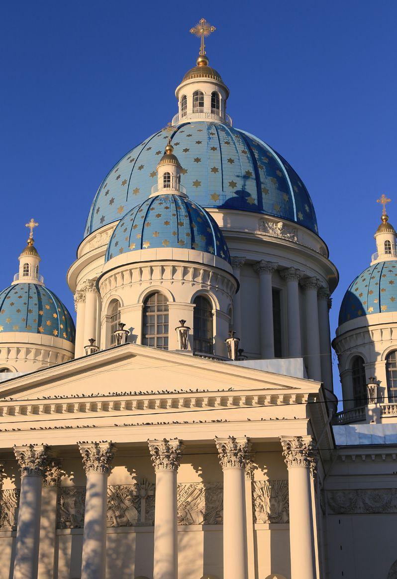 ロシア激動の歴史に浸る!古都サンクトペテルブルグ四大教会めぐり
