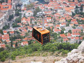 眺望絶佳!世界遺産ドゥブロヴニクを望むスルジ山で撮影を楽しむ