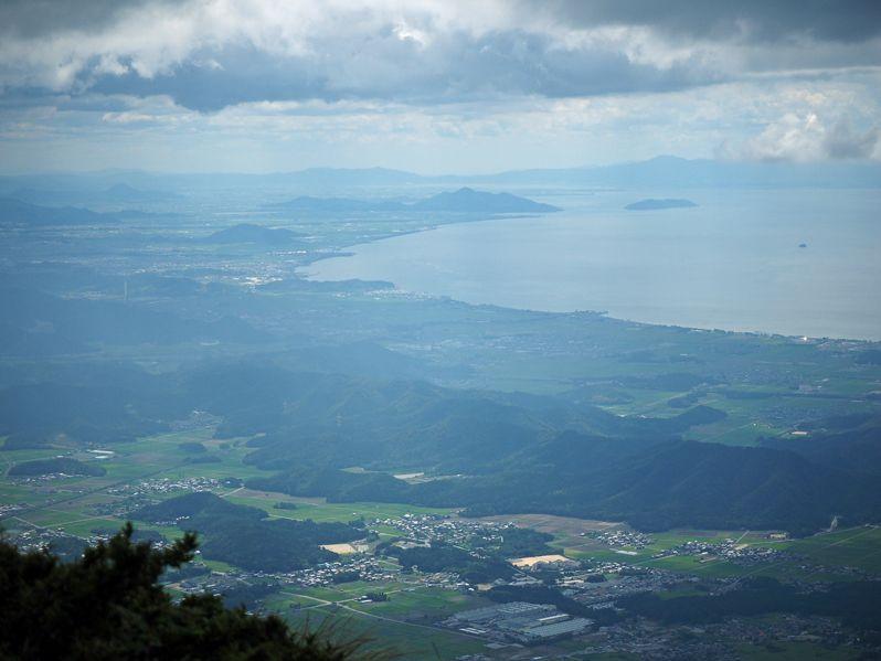 伊吹山から琵琶湖を望む!