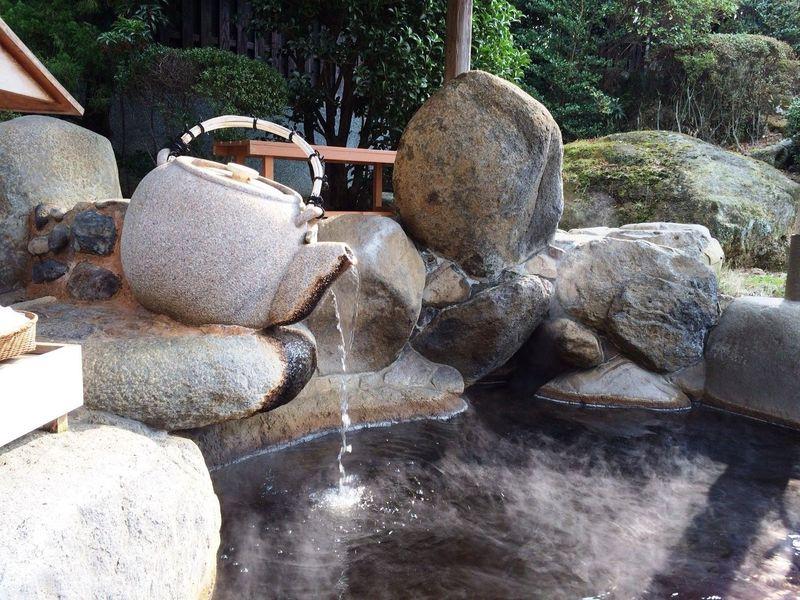 日本三大美肌の湯!佐賀・嬉野温泉「和楽園」の茶風呂でW美肌
