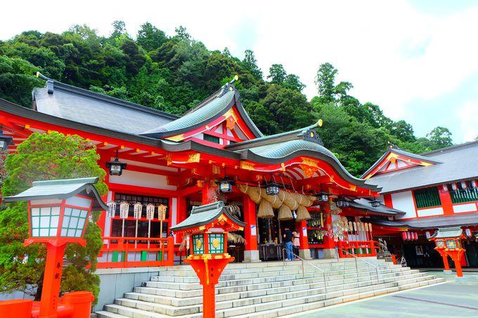 日本五代稲荷の一つ「太鼓稲成神社」