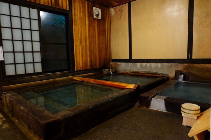 温かいお風呂が恋しい方は内風呂にどうぞ