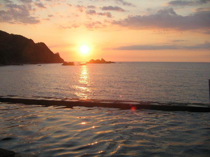 海の彼方に沈む行く夕陽も美しい