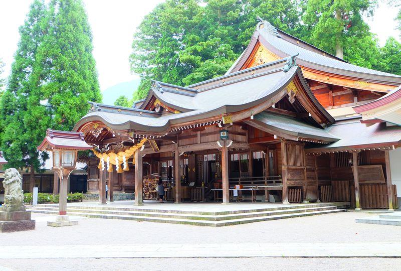 北陸随一のパワースポットで知られる石川県「白山比�刀iしらやまひめ)神社」