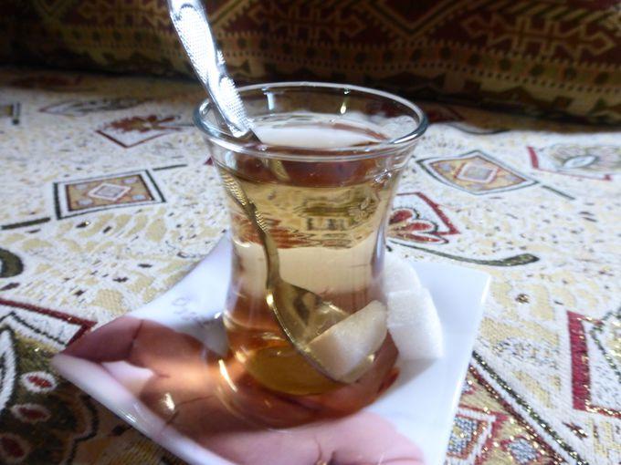 お土産にもおすすめ。トルコ式アップルティ「エルマ・チャユ」