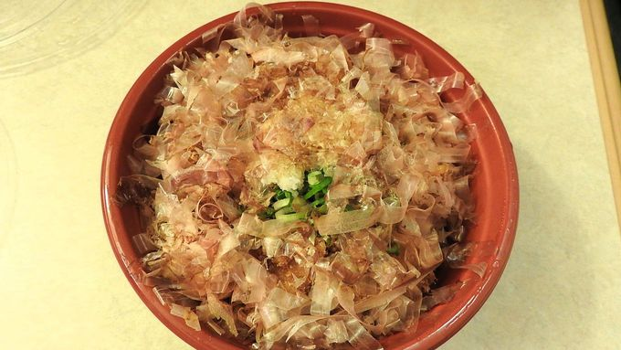 ニューフェースの「醤油カツ丼」。でも味は老舗級!