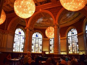 ロンドンV&A博物館の世界最初のミュージアム・レストラン