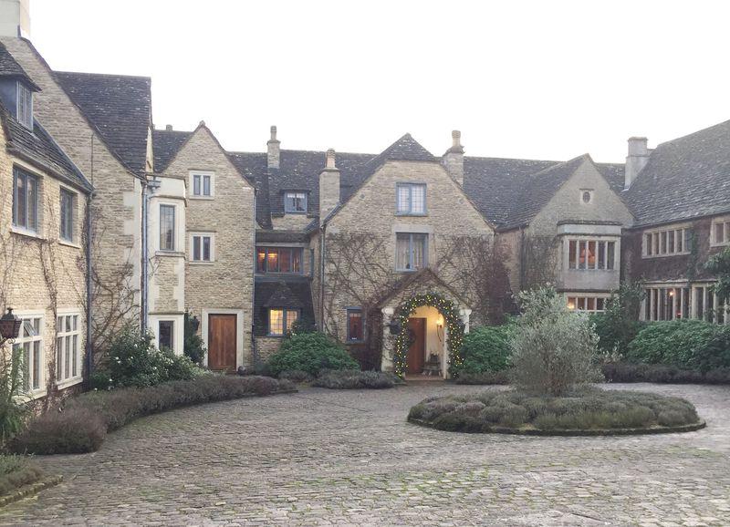英国コッツウォルズ憧れの宿「ワットリー・マナー」で優雅な寛ぎを