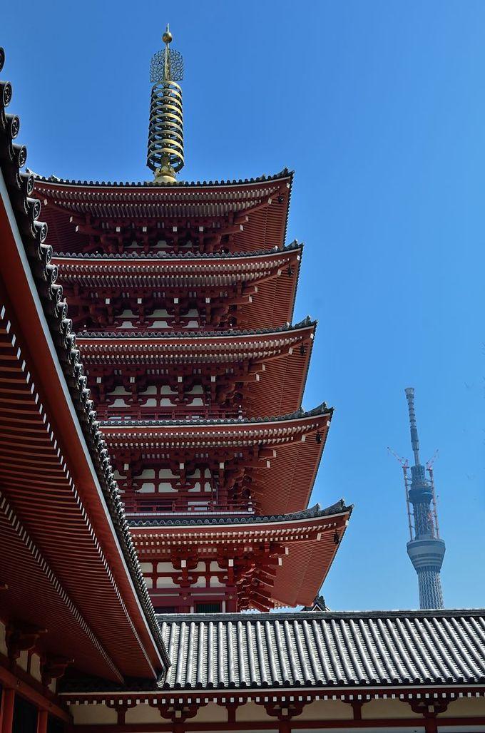 「浅草寺五重塔」と「東京スカイツリー」