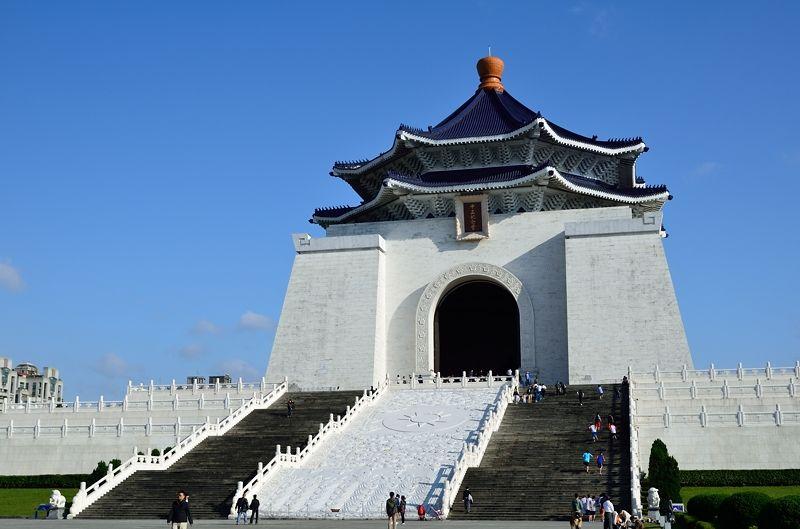 台湾3大観光名所に数えられる中正紀念堂