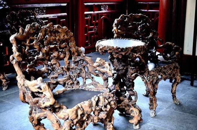 ガジュマルの家具