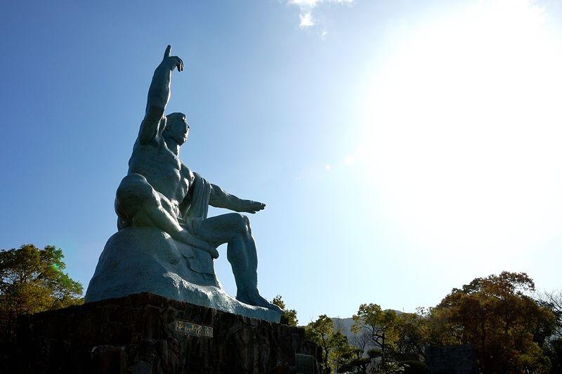 原爆の悲劇を忘れない!長崎県・平和公園で平和への祈りに触れる旅!