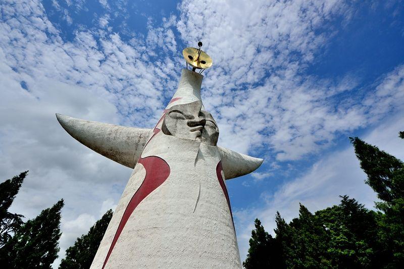 万博記念公園のシンボル「太陽の塔」