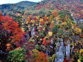 東北を代表する名所!宮城県・鳴子峡の紅葉が織りなす絶景に圧倒される旅!|宮城県|トラベルjp<たびねす>