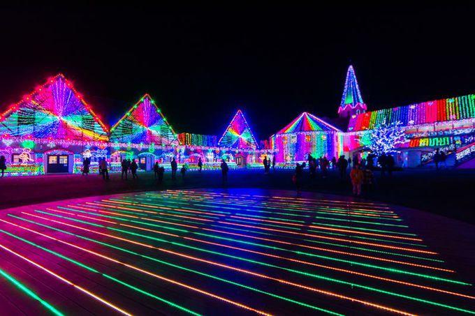 東京ドイツ村イルミネーションの定番!「光と音のショー」