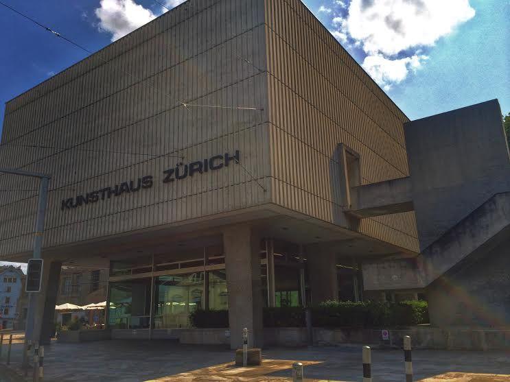 """美術館""""Kunsthaus Zurich""""へ!"""
