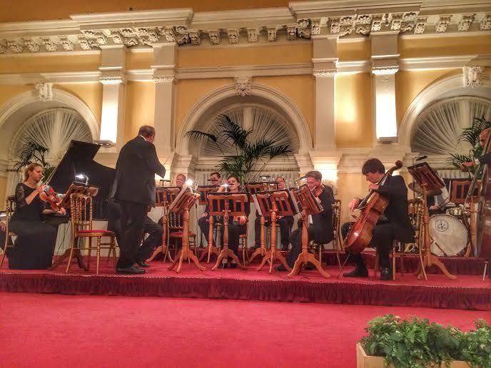 コンサートの楽しいプログラム