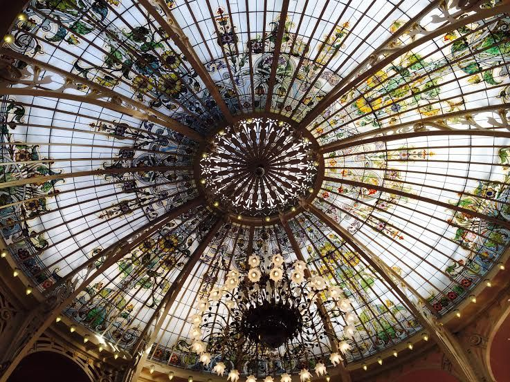 エッフェルがデザインしたドーム天井『冬の庭』は必見!