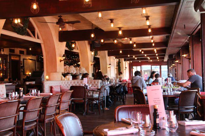 サン・トロペを代表する高級レストラン・セネキエ