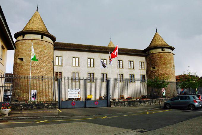 軍事博物館となっているモルジュ城
