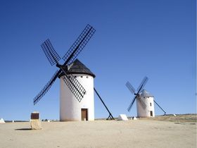スペイン旅行にオススメ!魅力あふれる人気スポット10選