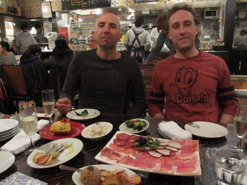 「バルデゲー」ではパエリア以外のスペイン料理も充実!