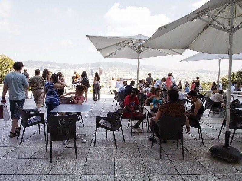 美術館のレストランとカフェ