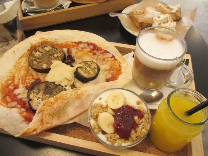 バレンシアで一番ホットなルサファ地区一番人気のカフェ「Dulce de Leche」