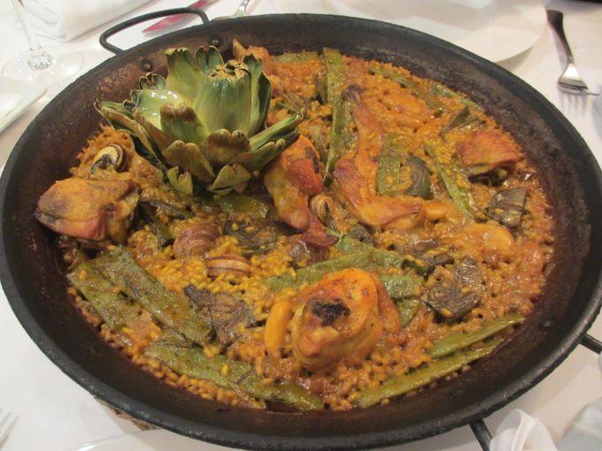 バレンシアで一番人気の「バレンシア風パエリア」:ナバーロ