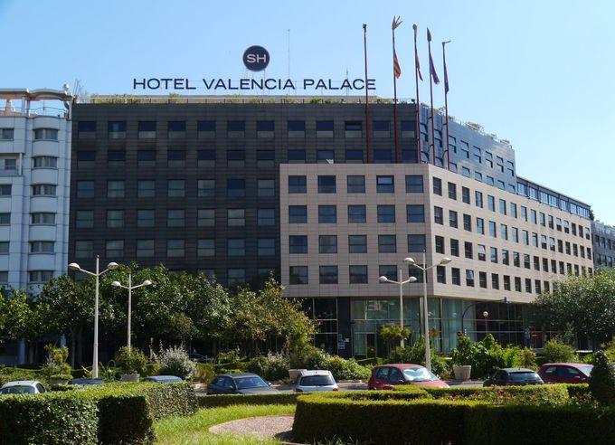 落ち着いた環境&立地最高な5つ星ホテル