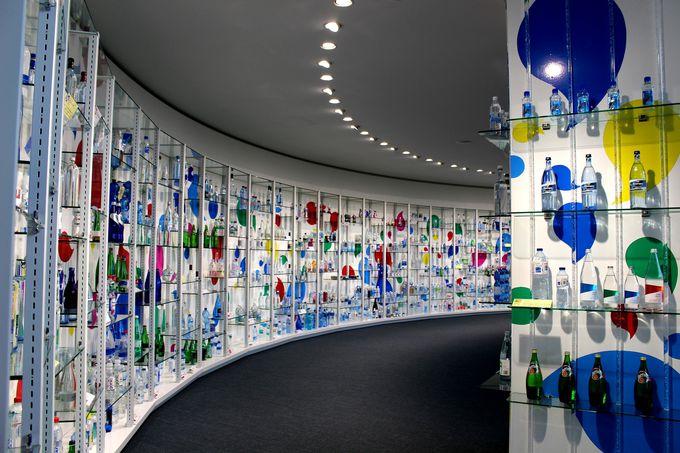 まるでアート!「世界の水ギャラリー」