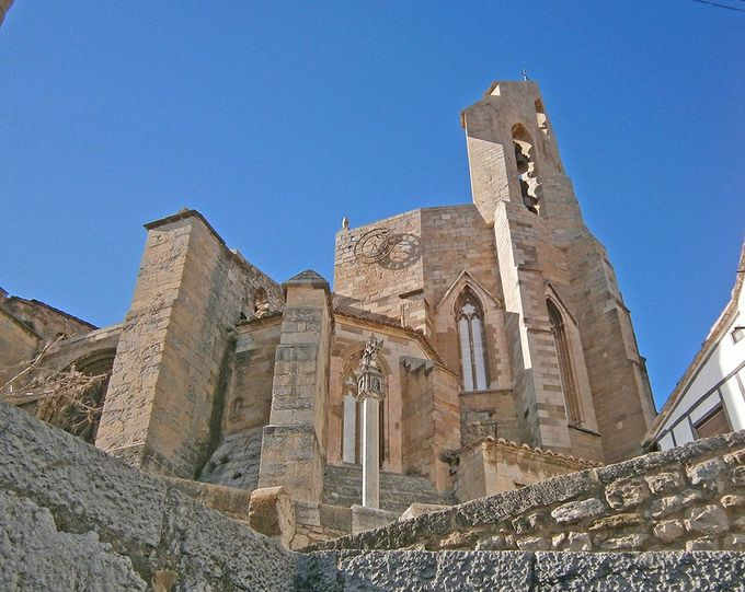 長い歴史を持つ「サンタ・マリア教会」